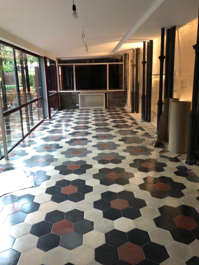 Cementina. Maffettone Design Pavimento in Cementina Antica di recupero disegno Rosone